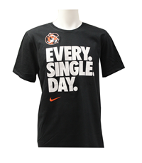 "Nike Tshirt ""C"" Everysingleday"